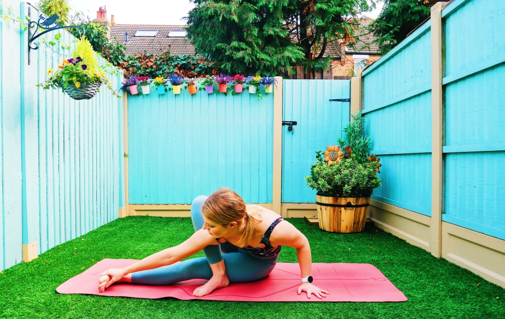 yoga arm balance how to tutorial grasshopper